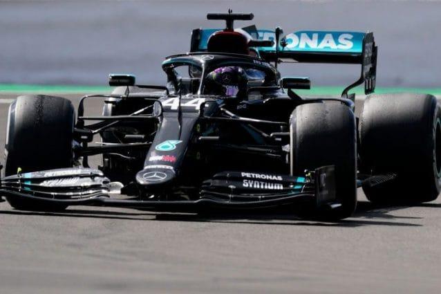 Formula 1, Mercedes davanti nella FP1 di Silverstone