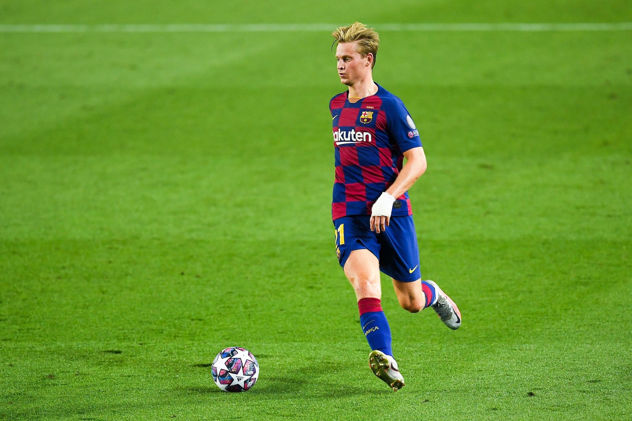 Barcellona, de Jong e la mano fasciata: il giocatore in campo dopo ...