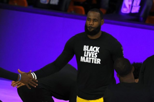 NBA - LeBron James: alla NBA non mancherà Trump come fan