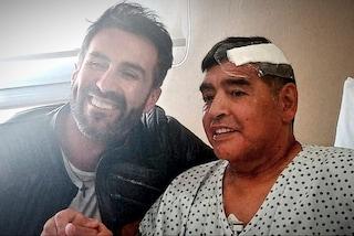 """Gli ultimi giorni di Maradona: """"Parlava da solo, pillole per tenerlo buono"""""""