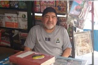 La vera storia della foto del sosia di Maradona (che non esiste)