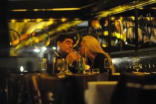 I regali milionari di Maradona e la cerchia che ne ha approfittato: case, auto, vacanze