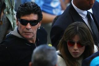 """Inchiesta per omicidio colposo sulla morte di Maradona, le figlie: """"Colpa dei medici"""""""