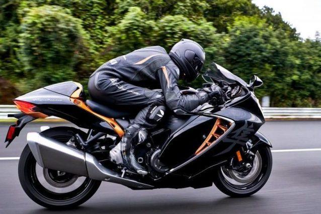 Hayabusa 2021, la Suzuki rilancia la mitica moto nata nel 1999: e la Web Edition è già sold out