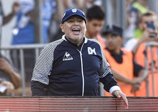"""Maradona, la perizia sulla morte: """"Diego abbandonato dai medici, morì dopo 12 ore di agonia"""""""