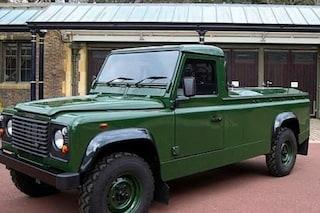 Un Land Rover Defender come carro funebre per trasportare il feretro del Principe Filippo