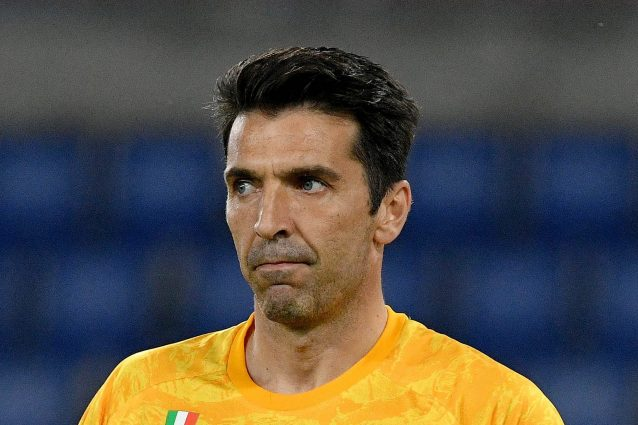 """A Parma lo ricordano a Buffon (e alla Juve): """"Siamo l'unico club con cui hai vinto in Europa"""""""