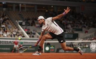 Berrettini lotta ma si arrende ad un nervoso Djokovic: l'ultimo azzurro saluta il Roland Garros