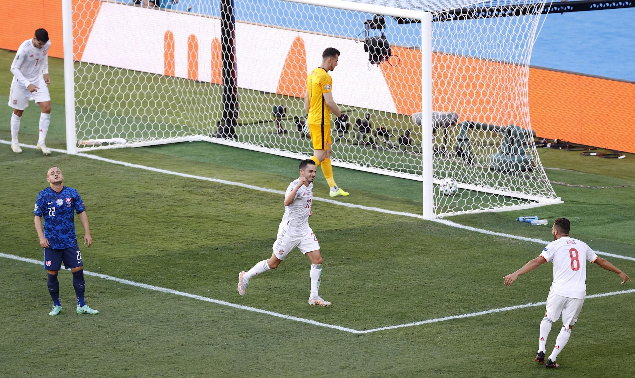Spagna seconda nel girone E degli Europei. Svezia prima con un gol al 94′,  fuori la Polonia