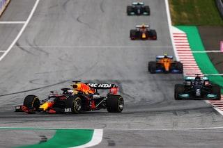 F1: Max Verstappen vince anche il GP di Stiria, Hamilton e Bottas sul podio. Sainz 6°, Leclerc 7°