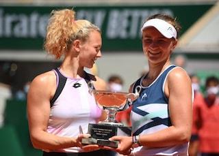 Krejcikova pigliatutto al Roland Garros: campionessa nel singolo e nel doppio