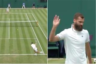 """L'ultima di Paire: gioca senza impegnarsi a Wimbledon e l'arbitro lo """"ammonisce"""""""