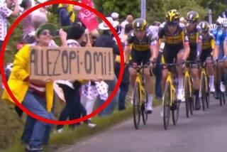 È caccia in tutta Europa alla tifosa che ha provocato la maxi caduta al Tour: si muove l'Interpol