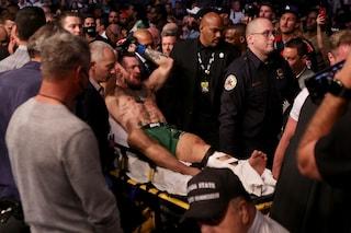 Conor McGregor si rompe la caviglia e perde contro Poirier che trionfa al main event di Ufc 264