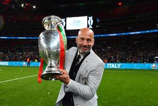 """L'Italia celebra Gianluca Vialli, leader dello spogliatoio: """"Per noi un esempio vivente"""""""