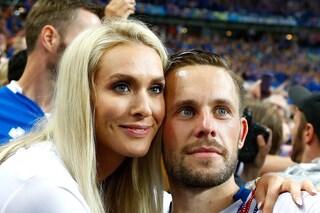 Sigurdsson nell'abisso dopo l'arresto per pedofilia: la moglie lascia la casa, gli sponsor fuggono