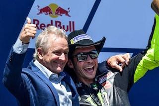 """Kevin Schwantz non riconosce Valentino Rossi: """"Non è competitivo e cade spesso. Non è lui"""""""