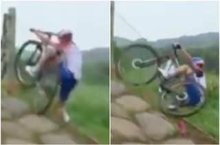 Cade e rischia di essere investita: la Mountain bike alle Olimpiadi è una gara di sopravvivenza