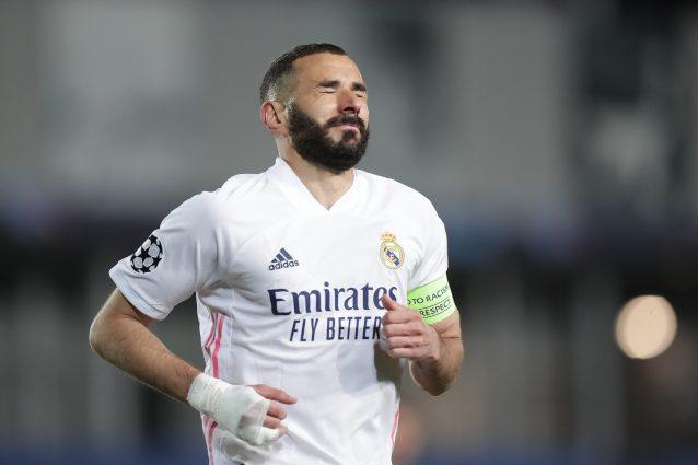 Karim Benzema positivo al Covid-19: l'attaccante del Real Madrid è in isolamento
