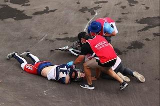 Incidente shock: campione Usa travolto dalle bici nella gara di BMX alle Olimpiadi