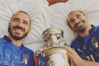 """Bonucci e Chiellini come Cannavaro, a letto con la Coppa: """"Mi raccomando copri la bambina"""""""