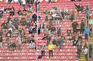 Tifoso muore sugli spalti dopo Perugia-Ascoli 2-3: tragedia al Curi