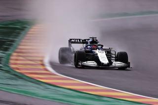 Verstappen in pole sotto la pioggia nelle pazze qualifiche del GP del Belgio. Pazzesco Russell 2°