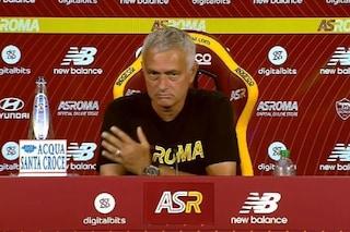 """Mourinho e la domanda che lo mette in difficoltà: """"Non ne voglio parlare, voi siete bravi..."""""""