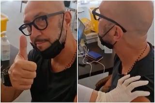 """Zenga rientra in Italia dopo quattro dosi di vaccino: """"È l'unico modo"""""""