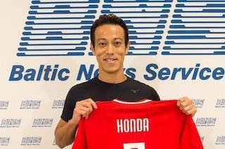 """""""Si chiama così la mia nuova squadra, giusto?"""": incredibile Honda, non sa dove è andato a giocare"""