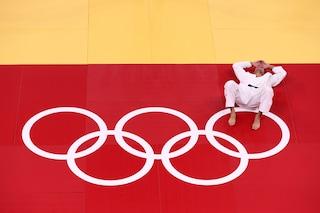 Alle Olimpiadi rifiutò di affrontare l'avversario israeliano: judoka algerino sospeso per 10 anni