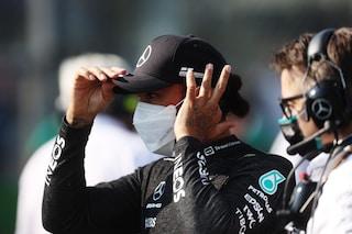 """Hamilton fa autocritica e lancia Verstappen: """"Ho sbagliato tutto, Max vince facile a Monza"""""""