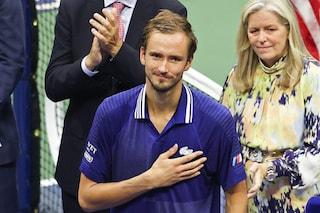 """La finale degli US Open poteva costare la vita al papà di Medvedev: """"Ho contato fino a 600"""""""