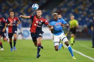 Napoli-Cagliari 2-0 Risultato finale Serie A 2021/2022, gol di Osimhen e Insigne