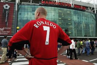 """La bufala sulla Juve """"che si ripaga Cristiano Ronaldo con le magliette"""" rivive a Manchester"""