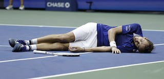 """""""L2 + sinistra"""", Medvedev spiega la particolare esultanza dopo il successo agli US Open"""