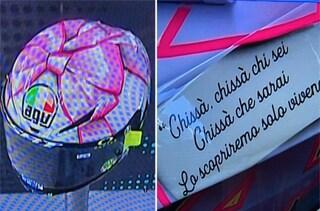"""Il casco di Valentino Rossi per il GP Misano con una dedica speciale: """"Chissà chi sei"""""""