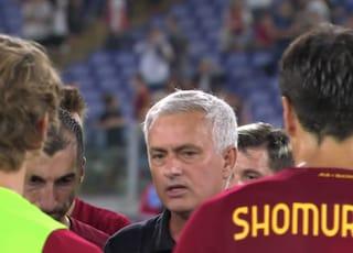 """""""Resta fra di noi come nello spogliatoio"""": dal discorso di Mourinho alla Roma scappa una sola frase"""