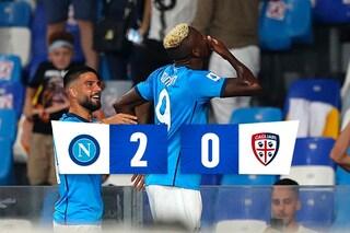 Il Napoli fa sei vittorie su sei, 2-0 al Cagliari: Spalletti si riprende la vetta solitaria