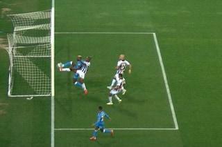 Napoli in vantaggio a Udine, il gol è di Osimhen: il tocco prima della linea sul tiro di Insigne