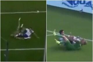 """Il portiere gli nega il gol, l'attaccante gli dà un calcio in faccia: """"Gesto vergognoso"""""""