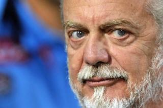 """De Laurentiis torna all'attacco: """"Al Napoli qualcuno ha scippato lo scudetto"""""""