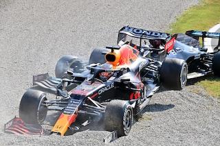 Paga solo Verstappen: l'incidente è colpa sua, penalità in griglia nel GP di Russia