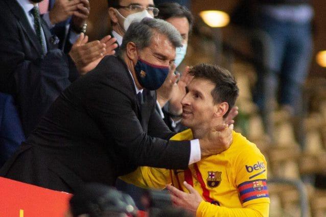 Una cessione avrebbe permesso al Barcellona di tenere Messi: Laporta lo dichiarò 'incedibile'