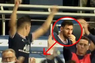 Icardi segna, la reazione di Messi è glaciale: un corpo estraneo nella festa del PSG