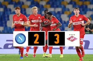 L'espulsione di Rui pesa sul Napoli, lo Spartak Mosca vince 2-3 al Maradona