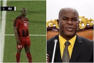Incredibile in coppa, il vicepresidente del Suriname gioca titolare a 60 anni: è record ogni epoca