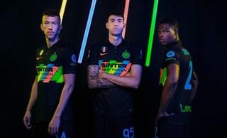 La terza maglia dell'Inter è un inno all'inclusione, ma il multicolor non convince i tifosi