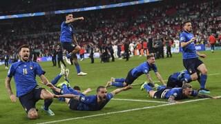 L'Italia sorpassa l'Inghilterra nel ranking FIFA: 4° posto prezioso per il sorteggio dei Mondiali