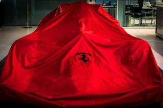"""La Ferrari annuncia imminenti novità in F1 e crea mistero: """"Come possiamo dirglielo?"""""""